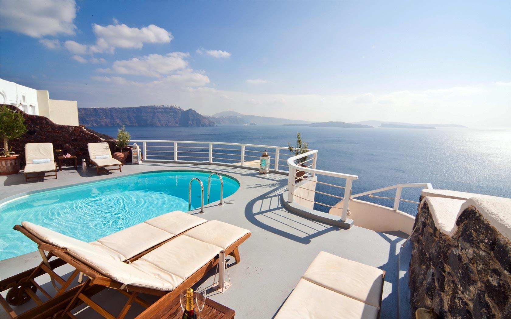Santorini Hotels Oia Hotels